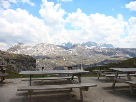Ausblick von der Puez-Hütte - Puez-Hütte