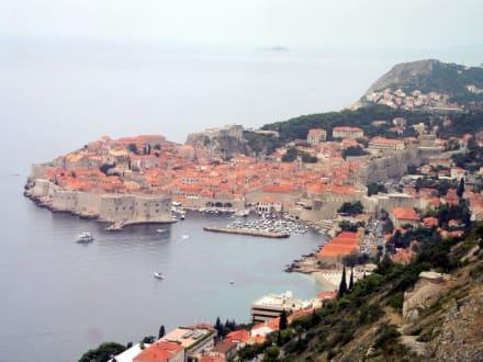 Blick auf Dubrovnik - Hafen Dubrovnik