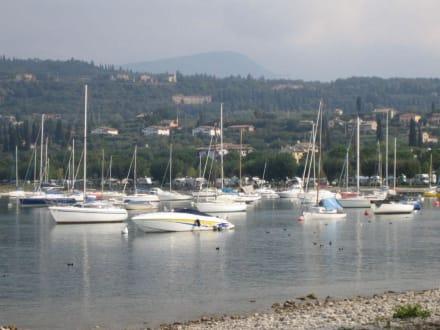 Blick auf den Gardasee - Yachthafen Bardolino