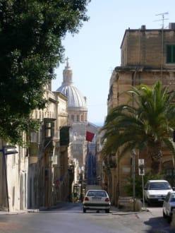 Blick auf die Straßen Valletta's - Altstadt Valletta