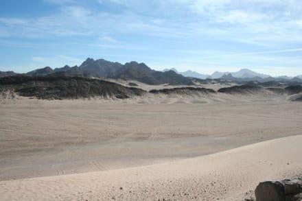 blick in die wüste - Wüstentour Hurghada