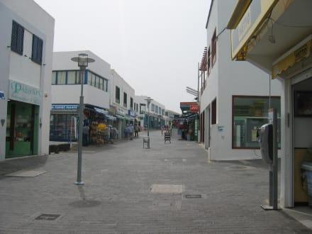 Einkaufsstraße Playa Blanca - Zentrum Playa Blanca de Yaiza