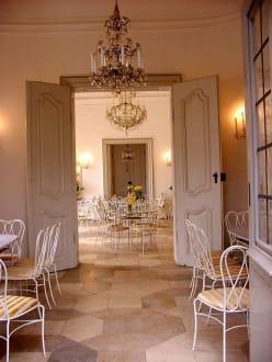 Café-Restaurant im Rosengarten: Innenraum - Café-Restaurant im Rosengarten