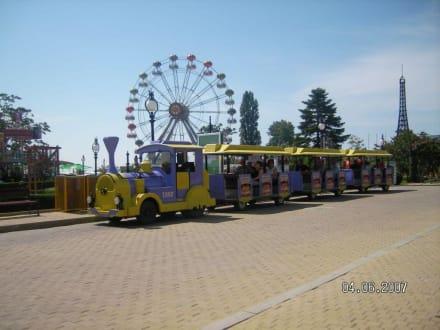 Bimmelbahn mit Riesenrad - Bimmelbahn