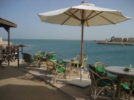 Moods Cafe an der Marina - Hafen Abu Tig Marina