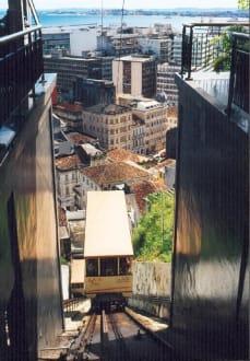 """"""" Schrägaufzug"""" in Salvador da Bahia - Schrägaufzug - Plano Inclinado Gonçalves"""