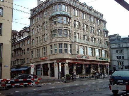 Im Stil vergangener Zeiten - Café Odeon