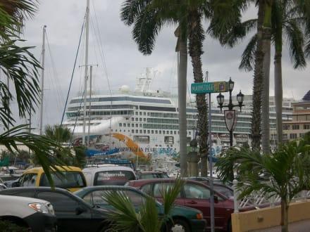Hafen von Oranjestad - Hafen Oranjestad