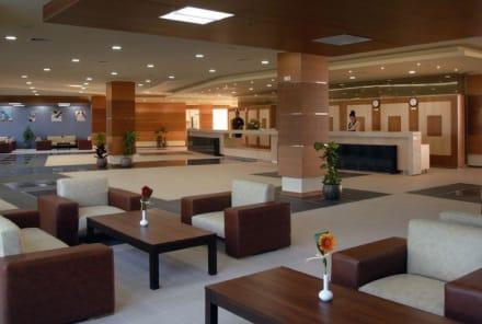 Lobby/Entrance -