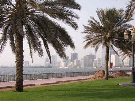 Stadtansicht Sharjah - Skyline