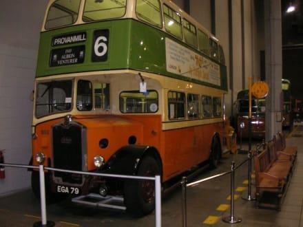 alter Doppeldeckerbus - Transport-Museum