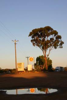 Typisch Australien - Yellowdine Roadhouse