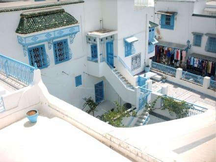 Ein Traum von Blau-Weiß - Künstlerdorf Sidi Bou Saïd
