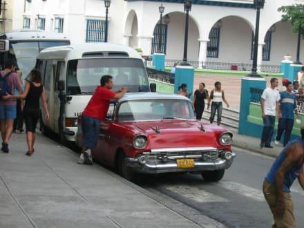 Oltimer - Altstadt Santiago de Cuba