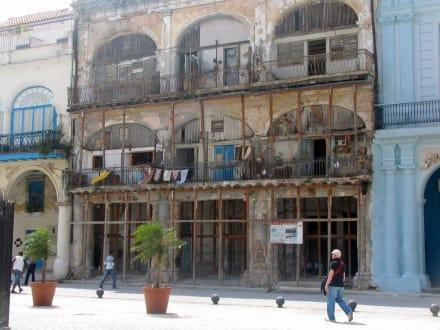 Wohngebäude - Altstadt Havanna