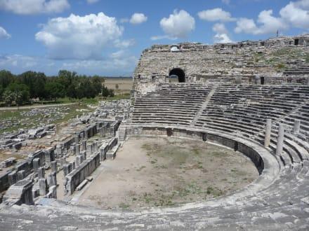 Theater... - Ausgrabung Milet