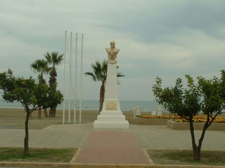 Ausflug - Strandpromenade Larnaca