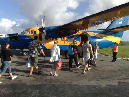 Flugzeug nach Samana - RH Tours