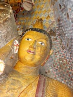 Innenansicht - Höhlentempel Dambulla