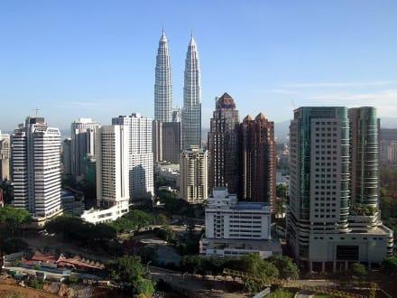 Twin Tower - Petronas Twin Towers
