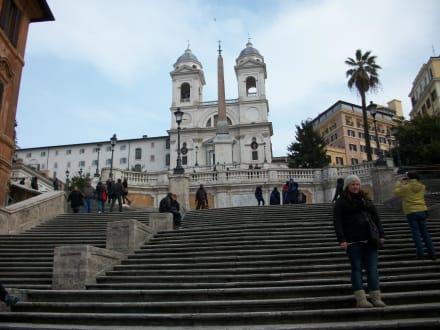 Ein seltener Anblick- eine leere spanische Treppe. - Piazza di Spagna & Spanische Treppe