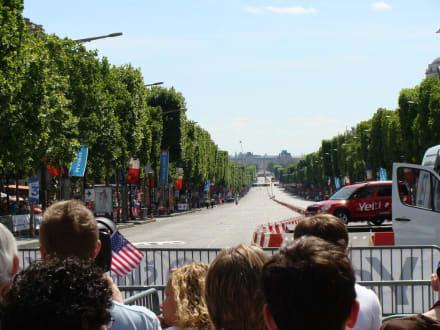 Champs-Élysées - Le Tour de France