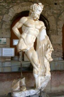 Statue - Side Arkeoloji Müzesi (Archäologisches Museum)