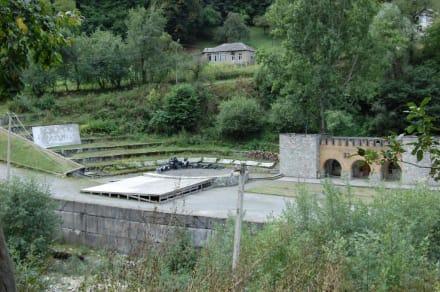 Kleines Amphitheater beim Wascha-Pschawela-Museum - Wascha-Pschawela Museum