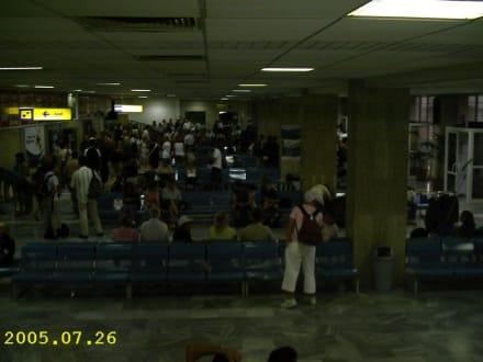 Flughafen - Flughafen Burgas (BOJ)