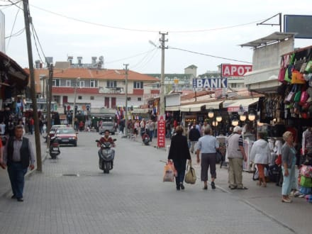 Shopping in Side-Kumköy - Einkaufen & Shopping