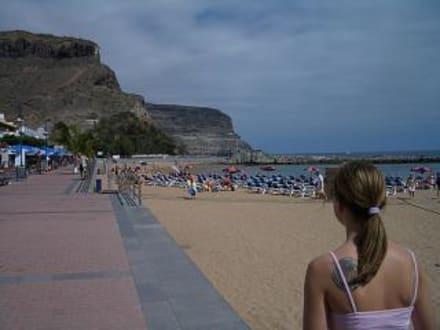 am strand - Strand Puerto de Mogán