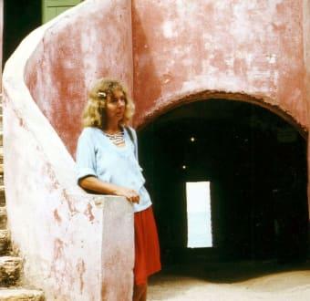 Marion in der Festung Goree in Senegal - Historisches Museum von Goree