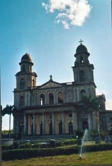 Alte Kathedrale in Managua - Alte Kathedrale Santiago de Managua