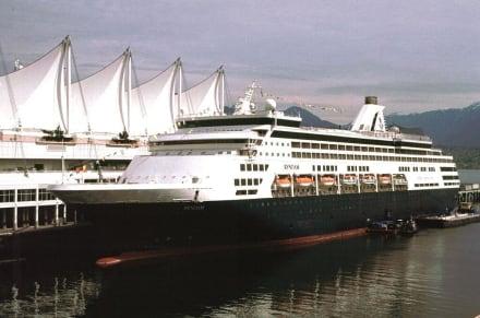 Kreuzfahrtschiff nach Alaska - Hafen Vancouver