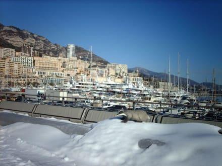 Schnee in Monaco - Weihnachtsmarkt Monaco