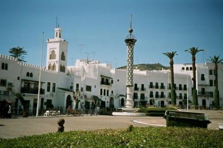 Hassanplatz in Tetouan - Place Hassan II