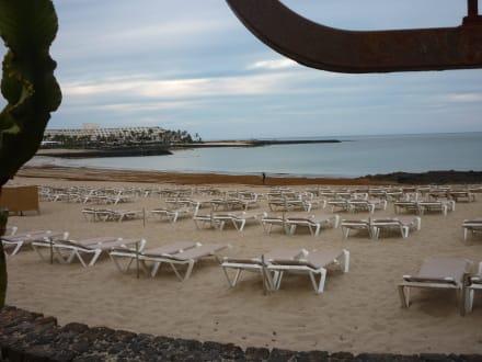 Strand - 5 Min weg vom allsun Hotel Albatros - Strände Costa Teguise