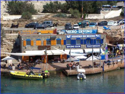 Blick auf die Tauchschule - Tauchbasis Mero Diving Cala Ratjada