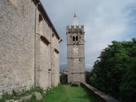 Kirchturm - Hum