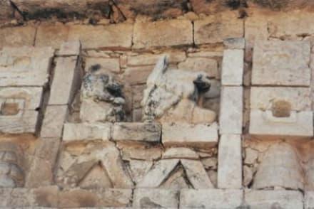 Beeindruckende Mayakunst - Ruine Chichén Itzá