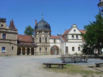 Innenhof - Schloß Schönfeld