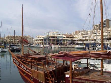Der Hafen von Benalmadena - Hafen Puerto Marina