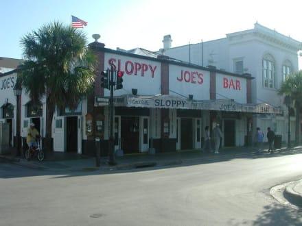 Bar - Sloppy Joes Bar