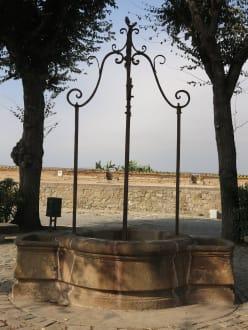 Brunnen - Castell de Montjuïc