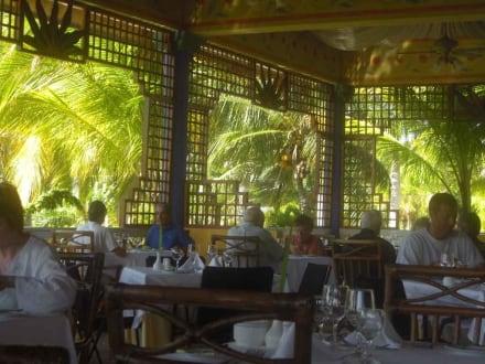 Offenes Hauptrestaurant - Hotel Paradisus Rio de Oro