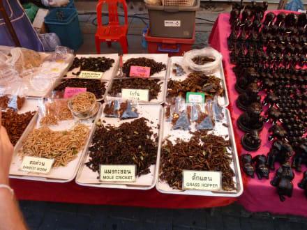 Marché/ Centre commercial - Marché dominical de Chiang Mai