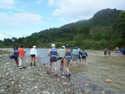 Flussdurchquerung - Jeep Safari Puerto Plata