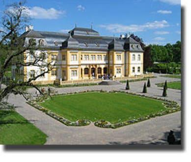 Schloss und Hofgarten - Schloss & Rokoko-Hofgarten Veitshöchheim