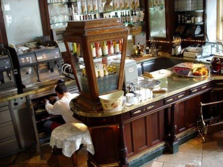 Café Tambosi - Café Tambosi