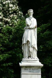 Statue im Park - Pfaueninsel